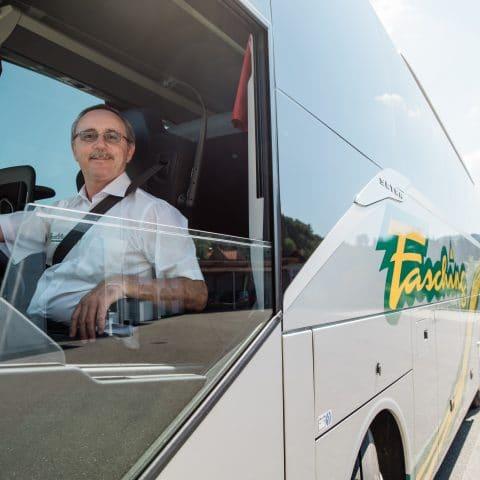 Ernst Fasching im Bus (c) Fasching_die mosbachers